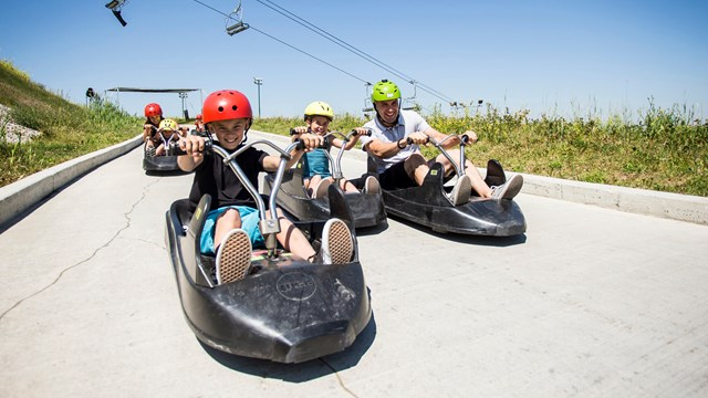 skyline-luge-calgary-family-outdoor-activity